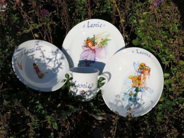 Kindergeschirr Porzellan Set Becher, Teller, Schale und Müslischüssel mit alle Elfen und Name