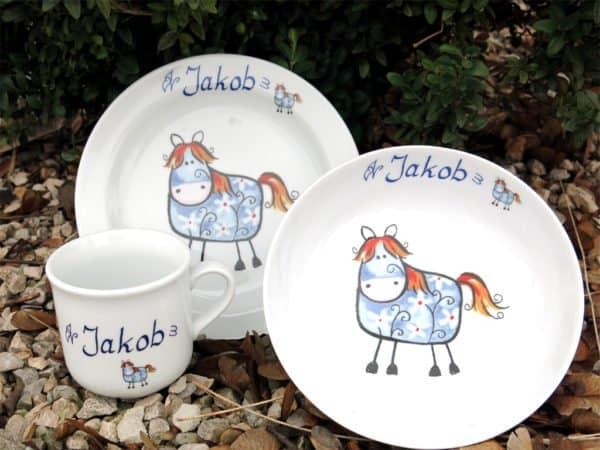 Kindergeschirr Porzellan Set Becher Teller Schale blaues Pferdchen